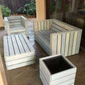 How To Make Patio Furniture With Wooden Pallets